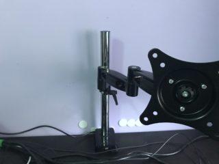 arti-z1-supporto-monitor-11-320x240 Recensione braccio per monitor 13-32 pollici Arctic Z1