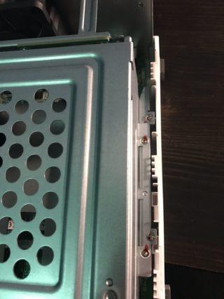 Come-sostituire-la-ram-al-Qnap-serie-TS-7_compressed-320x427 Come sostituire la ram al Qnap serie TS