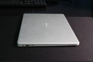 dimensioni-jumper-ezbook-pro-3-3-1-320x213 Recensione notebook Jumper Ezbook 3 PRO