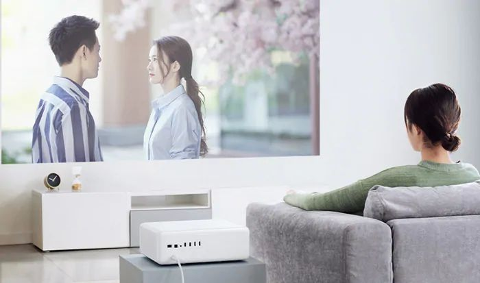 Xiaomi-Mijia-Proiettore-Laser-2 Xiaomi Mijia Proiettore Laser, fino a 150 pollici 4K sostituisce la normale TV