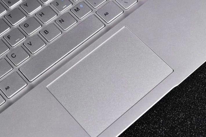 Jumper-EZbook-S5-Miglior-notebook-2 Jumper EZbook S5, Miglior notebook cinese per Office e Video, Dettagli e Offerte