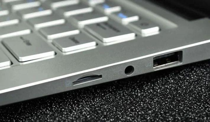 Jumper-EZbook-S5-Miglior-notebook-3 Jumper EZbook S5, Miglior notebook cinese per Office e Video, Dettagli e Offerte