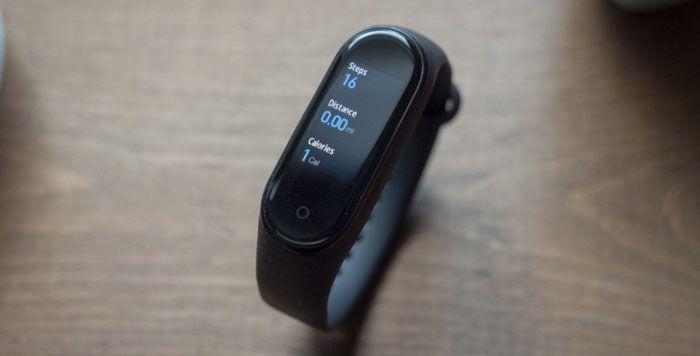 Offerta-Xiaomi-Mi-Band-5-4 Offerta Xiaomi Mi Band 5 a 36€, Fitness Tracker 2020 con Ricarica Magnetica