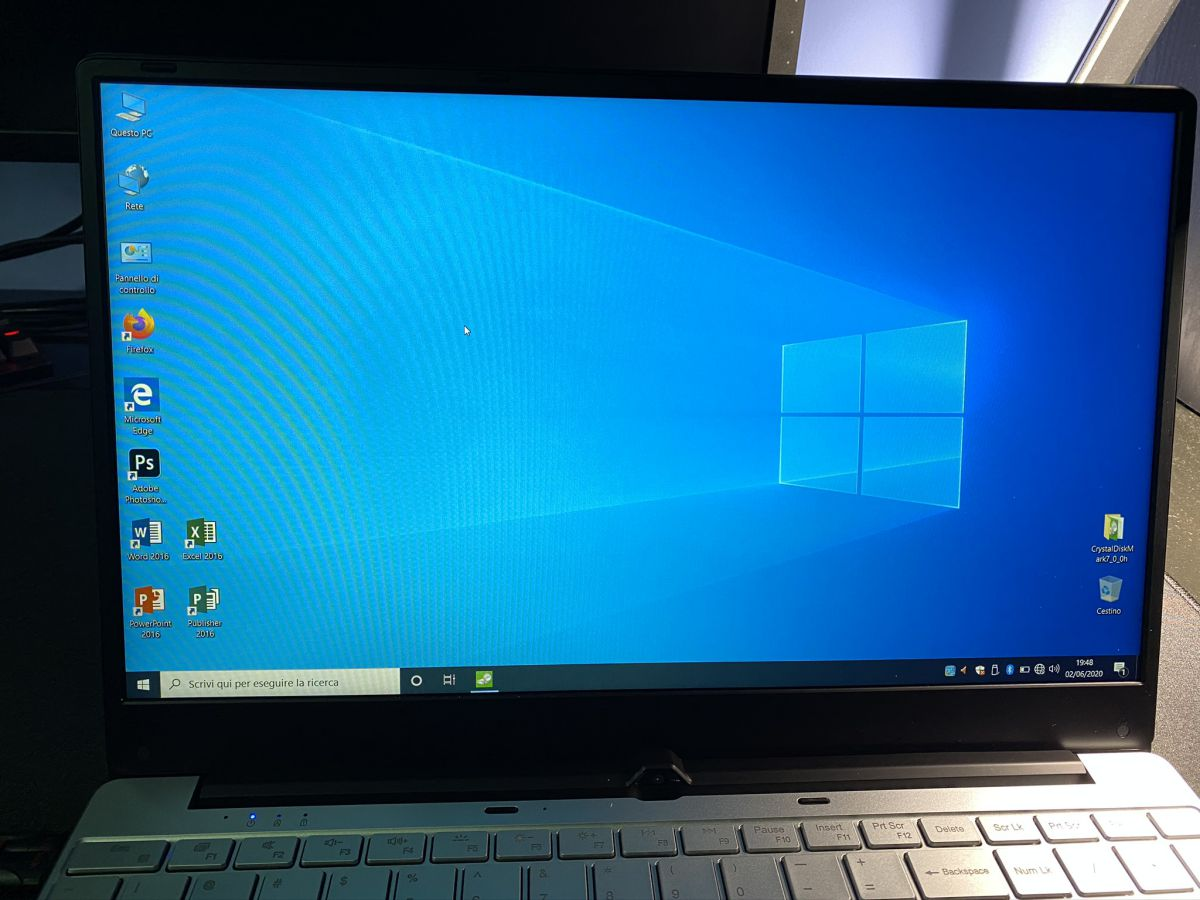 Recensione-KUU-K1-16 Recensione KUU K1, notebook cinese con Intel i5-5257U