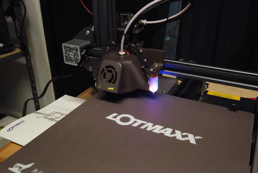 Recensione-Lotmaxx-SC-10-Shark-4 Recensione Lotmaxx SC-10 Shark, Stampante 3D con Incisore! Novità 2020