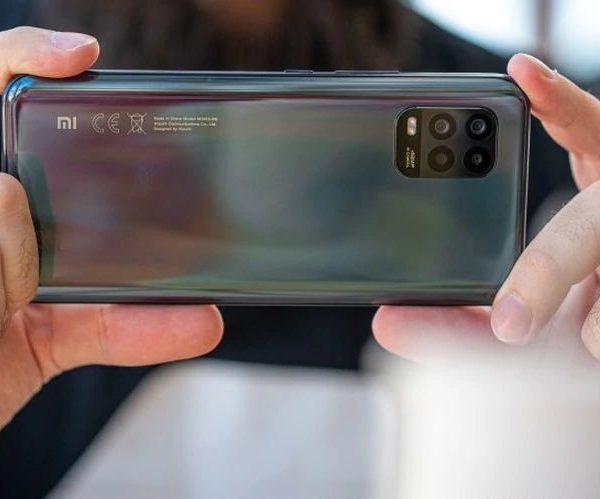 Recensione-Xiaomi-Mi-10-Lite-7-e1600855901424 Recensione Xiaomi Mi 10 Lite, Miglior Smartphone 2020 fascia Media