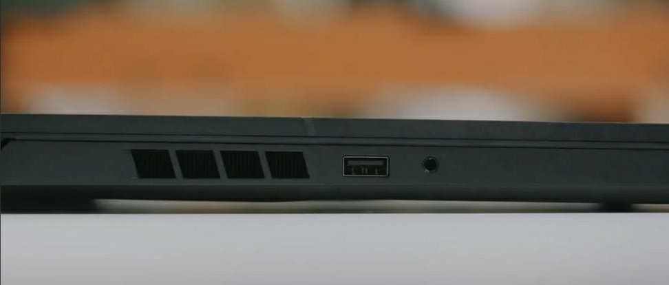 Recensione-Xiaomi-Redmi-G-Gaming-5 Recensione Xiaomi Redmi G Gaming, Notebook Gaming Economico ma Potente
