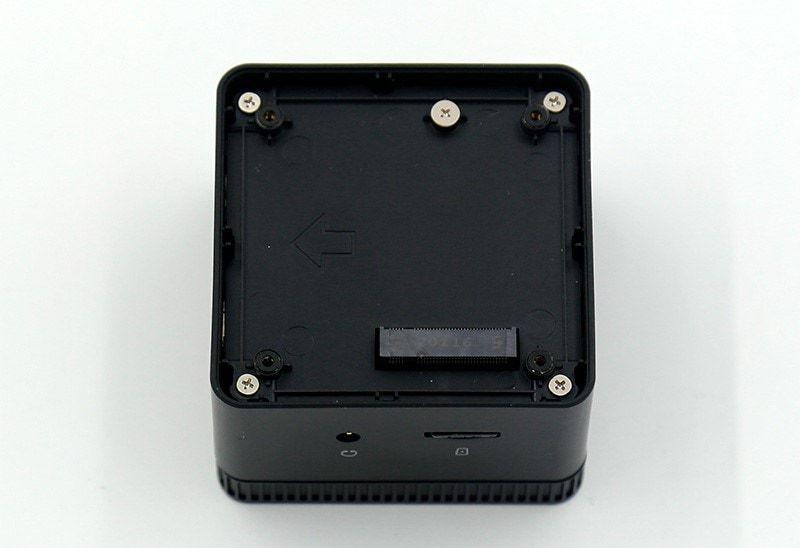 Recensione-CHUWI-LarkBox-1 Recensione CHUWI LarkBox, Mini PC 2020 Ultra portatile