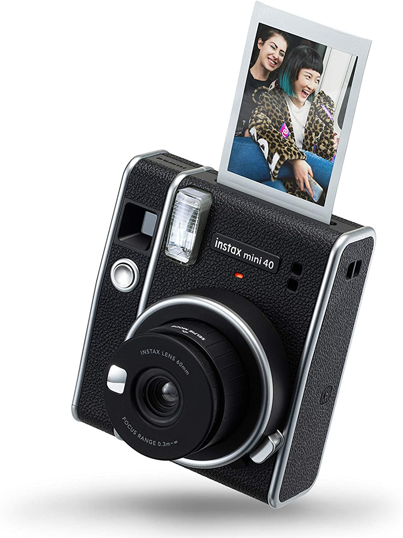 La-nuova-Fujifilm-Instax-Mini-40-1 Fotocamera Istantanea Fujifilm Instax Wide, la Recensione