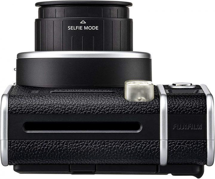 La-nuova-Fujifilm-Instax-Mini-40-3-720x602 La nuova Fujifilm Instax Mini 40 è la fotocamera istantanea più elegante 2021