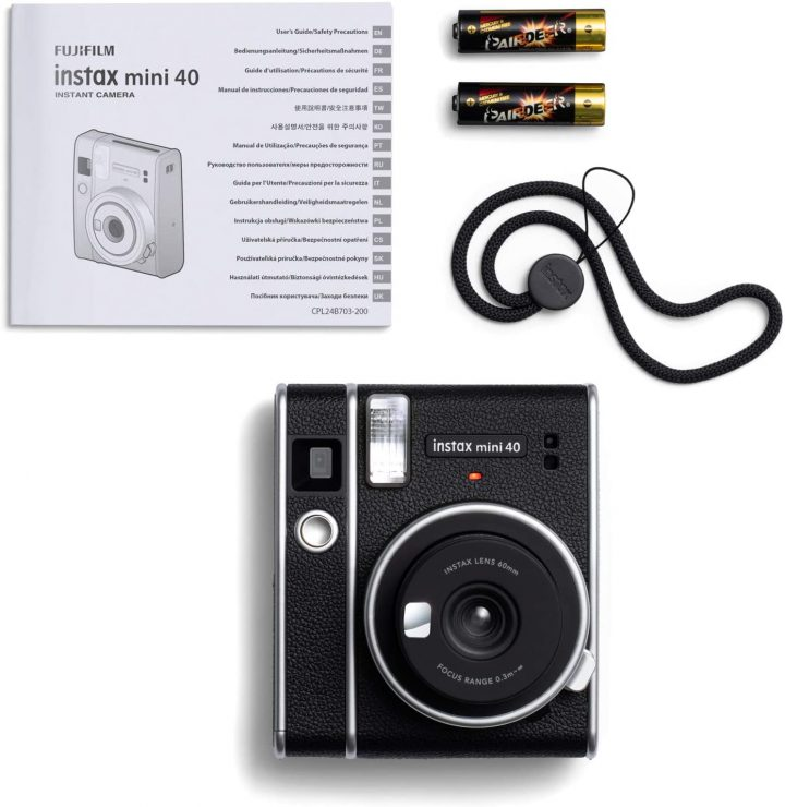 La-nuova-Fujifilm-Instax-Mini-40-4-720x740 La nuova Fujifilm Instax Mini 40 è la fotocamera istantanea più elegante 2021