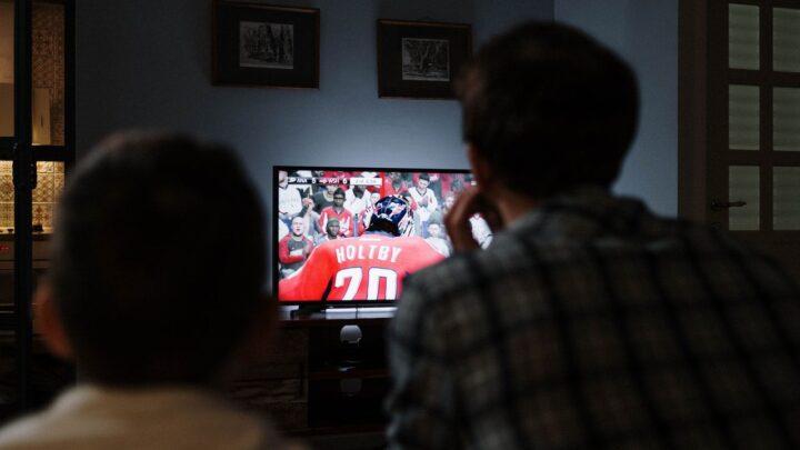 I migliori televisori da 32 pollici: perfetti per camera da letto, ufficio e cucina